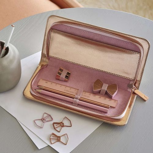 Pencil Cases & Holders